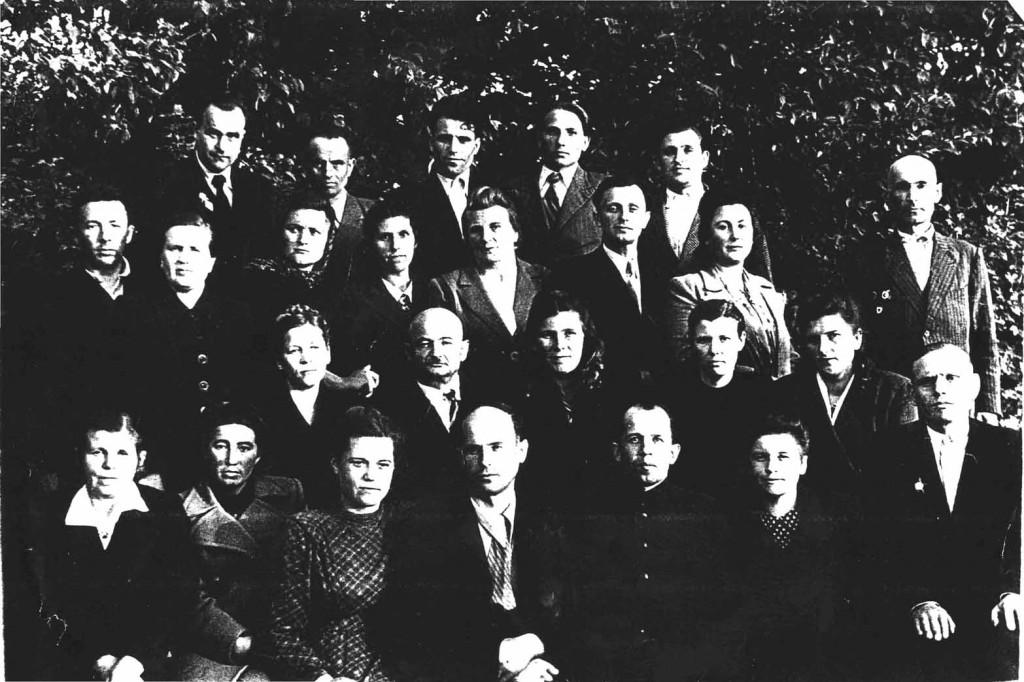 Вчителі Берестечківської середньої школи (1949-50 н.р.)